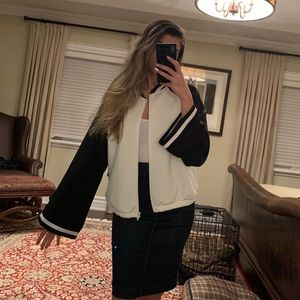 NWT Forever 21 Bell Sleeve Sweater/Jacket